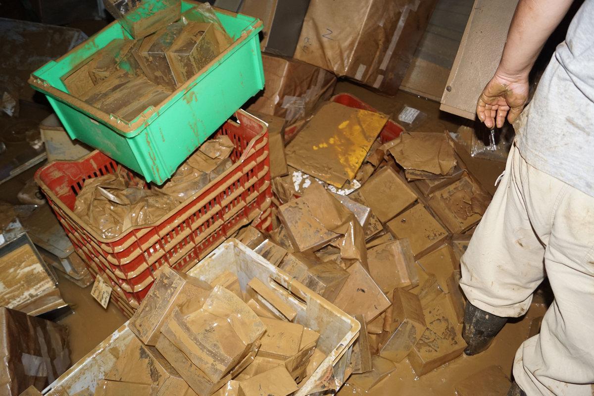 Η πρόσφατη πλημμύρα στην Καρδίτσα, συνέπεια της κλιματικής αλλαγής, Στη φωτογραφία, οι φθορές στο αρχαιολογικό μουσείο της πόλης