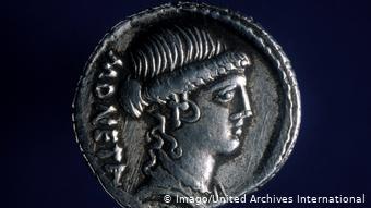 H θεά Γιούνο σε αρχαίο ρωμαϊκό νόμισμα