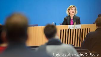 Υπερβολική χρήση οδηγεί σε εθισμό, προειδοποιεί η εντεταλμένη της γερμανικής κυβέρνησης Ντανιέλα Λούντβιχ